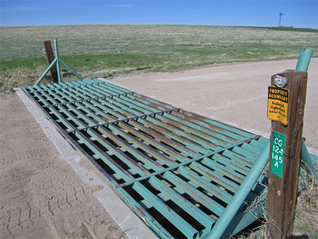 online marketing simplicity demonstrated as a cattle guard